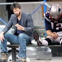 Sad Keanu Doesn't Care About Bradying [PHOTO]