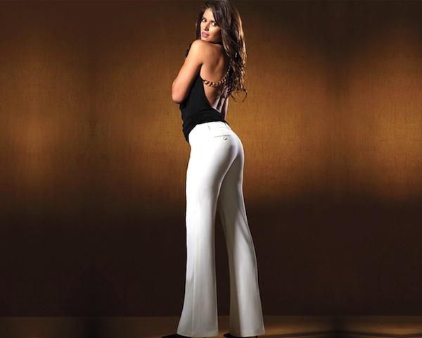 Carla Ossa white pants