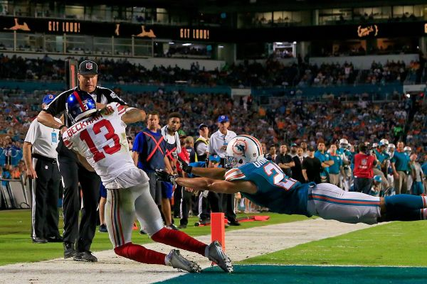 Odell Beckham Jr giants dolphins NFL 2015 week 14 football game catch